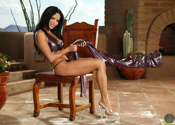 Lucia Tovar in Shiny Pants and Heels - pics 04