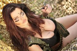 Action Girl Dana Hamm in Camouflage - pics 04