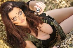Action Girl Dana Hamm in Camouflage - pics 05