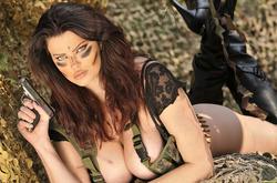 Action Girl Dana Hamm in Camouflage - pics 09