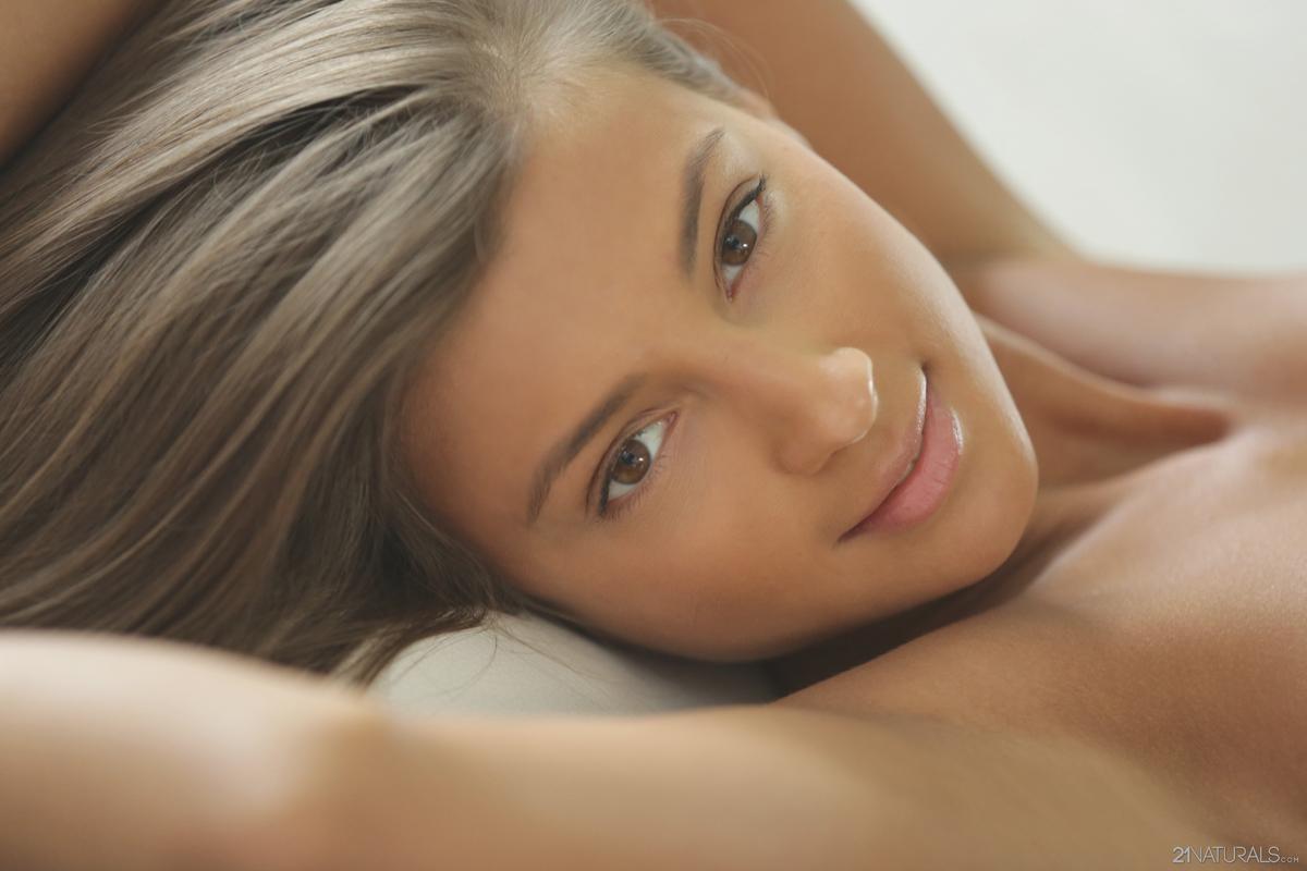 Maria Ryabushkina Hotter than Hell - picture 17