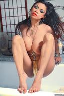 Sexy Action Girl Armie Big Boobs - pics 13