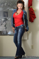 Armie Field Busty Jeans Babe - pics 00