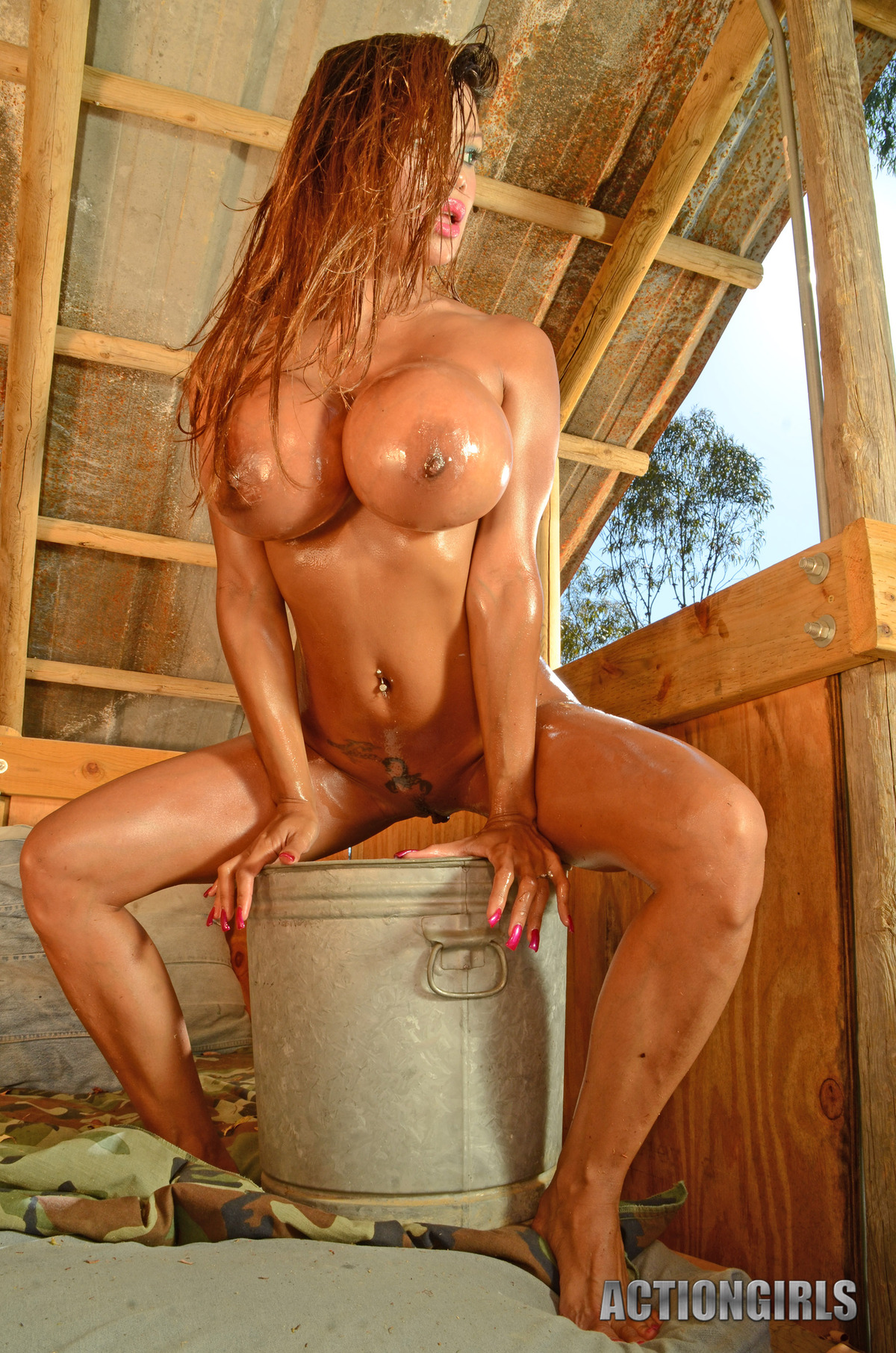 Goddess Armie Field Oiled Juggs - picture 08