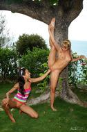 Amia Moretti Blue Angel Fisting - pics 07