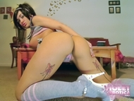 Violet Extra Horny Posing - pics 11