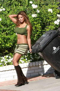 Traci Bingham Boobs Without Bra - pics 06