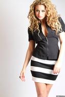 Curly Sexbomb Jessica Stripes - pics 01