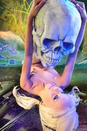 Horny Blond Denise Skull Island - pics 10