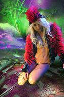 Horny Blond Denise Skull Island - pics 12
