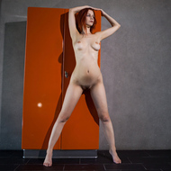 Ariel Spreading her Long Legs - pics 04