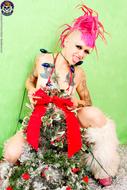 Roxy Contin Tattooed Christmas Babe - pics 06