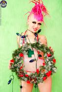 Roxy Contin Tattooed Christmas Babe - pics 07
