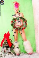 Roxy Contin Tattooed Christmas Babe - pics 09