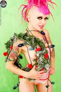 Roxy Contin Tattooed Christmas Babe - pics 13