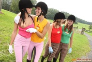 Horny Teenager Riders Lesbian Sex - pics 10