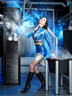 Supermodel Emily Marilyn Latex and Boots - pics 00