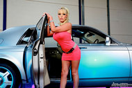 Wild Hot Porn in the Rolls - pics 01