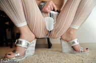 Dawn Avril Ripped Jeans and Pantyhose - pics 11