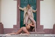 Young Sexy Lesbian Teens Pics - pics 00