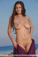 Beautiful Busty Model Sofi Seaside - pics 00