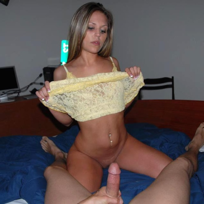 Real Sexy Babe Fucks at Home - picture 09