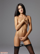Gloria in Pantyhose Hot Stripping - pics 08