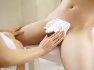 Sexy Asian Girl Miri Shaving Anri - pics 02