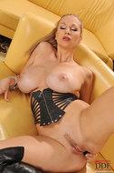 Busty Carol Toying Pussy in Latex - pics 12