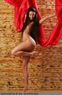 Russian Model Maria Long Legs - pics 07