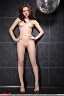 Young Disco Babe Slick Pussy - pics 06