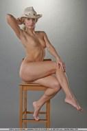 Sensual Blonde girl Pear Bottom - pics 06