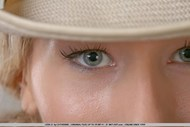 Sensual Blonde girl Pear Bottom - pics 09