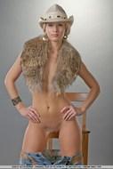 Sensual Blonde girl Pear Bottom - pics 15
