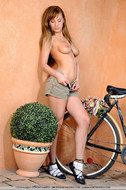 Cycling Slut Showing Pink Pussy - pics 09
