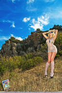 Real Blonde Sexbomb Posing Outdoors - pics 06