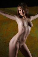 Redhead Babe Helena Modern Nude - pics 00