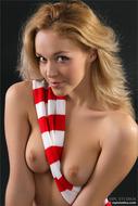 Skinny Blonde Beauty Yummy Clit - pics 08