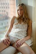 Blonde Beauty in the Window - pics 01