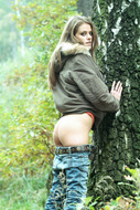 Fucking Hot Brunette in the Forest - pics 01
