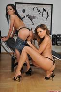 Strapon Lesbian Porn Gallery - pics 03