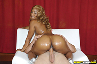 Huge Ebony Ass Banged Wildly - pics 10