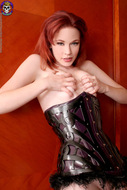 Sexy Justine Joli Leather Corset - pics 10