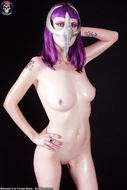 Busty Babe in Chrome Cell Mask - pics 10