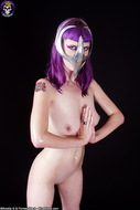 Busty Babe in Chrome Cell Mask - pics 13