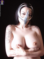 Gothic Babe Big Beautiful Tits - pics 05