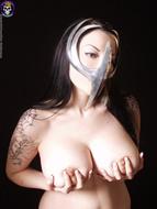 Gothic Babe Big Beautiful Tits - pics 13