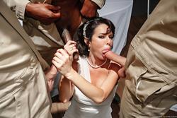 Veronica Avluv Ghostbusters XXX Parody - pics 03