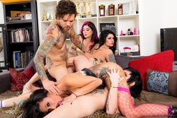 Joanna Angel, Lily Lane, Nikki Hearts - pics 05