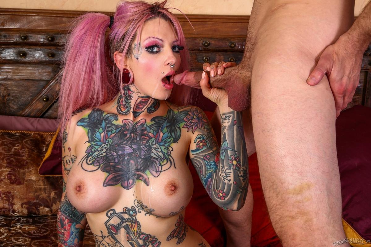 Tattooed Slut Sydnee Vicious Fucks - picture 14